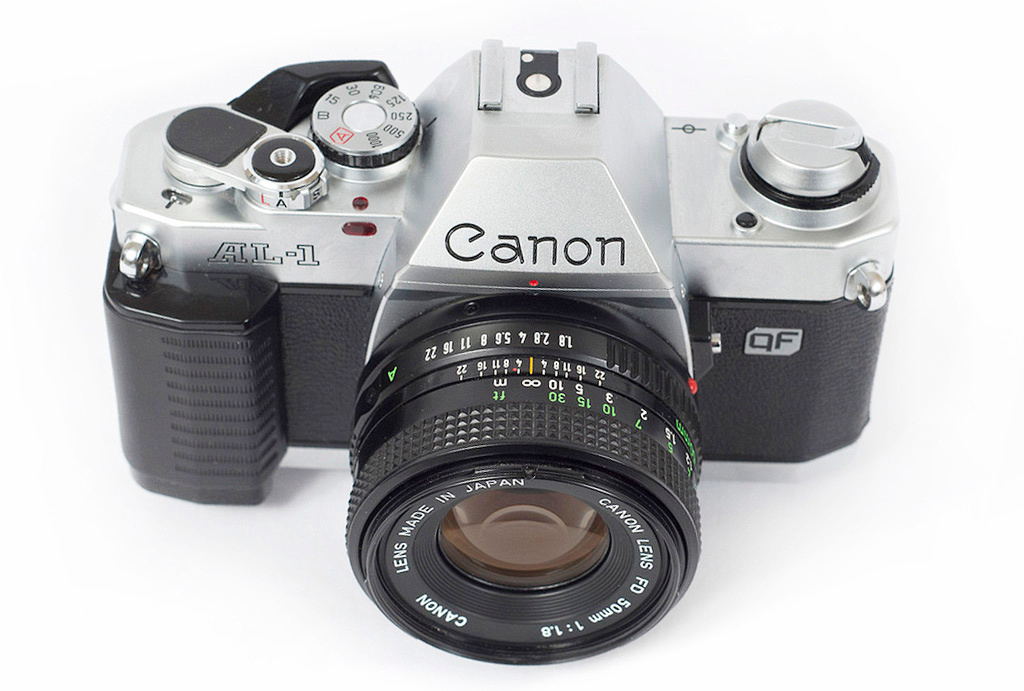 Canon AL1 was the first camera used commercially by Munish Khanna